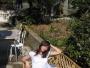 Eva s miminkem odpočívali na sluníčku a čekali na Davouše